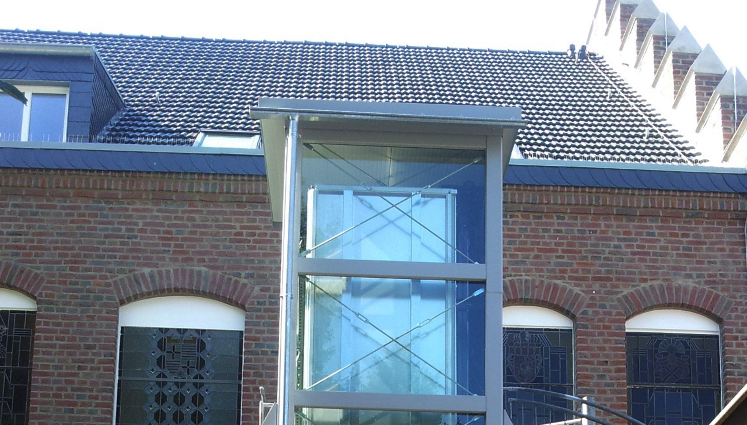 Aufzüge lassen sich auch bei Bauen im Bestand einplanen