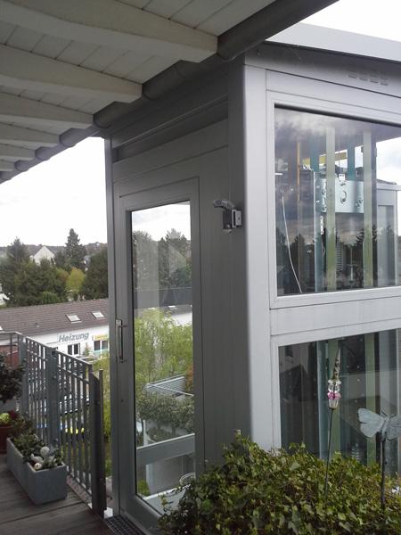Ausgang Homelift außen auf Balkon