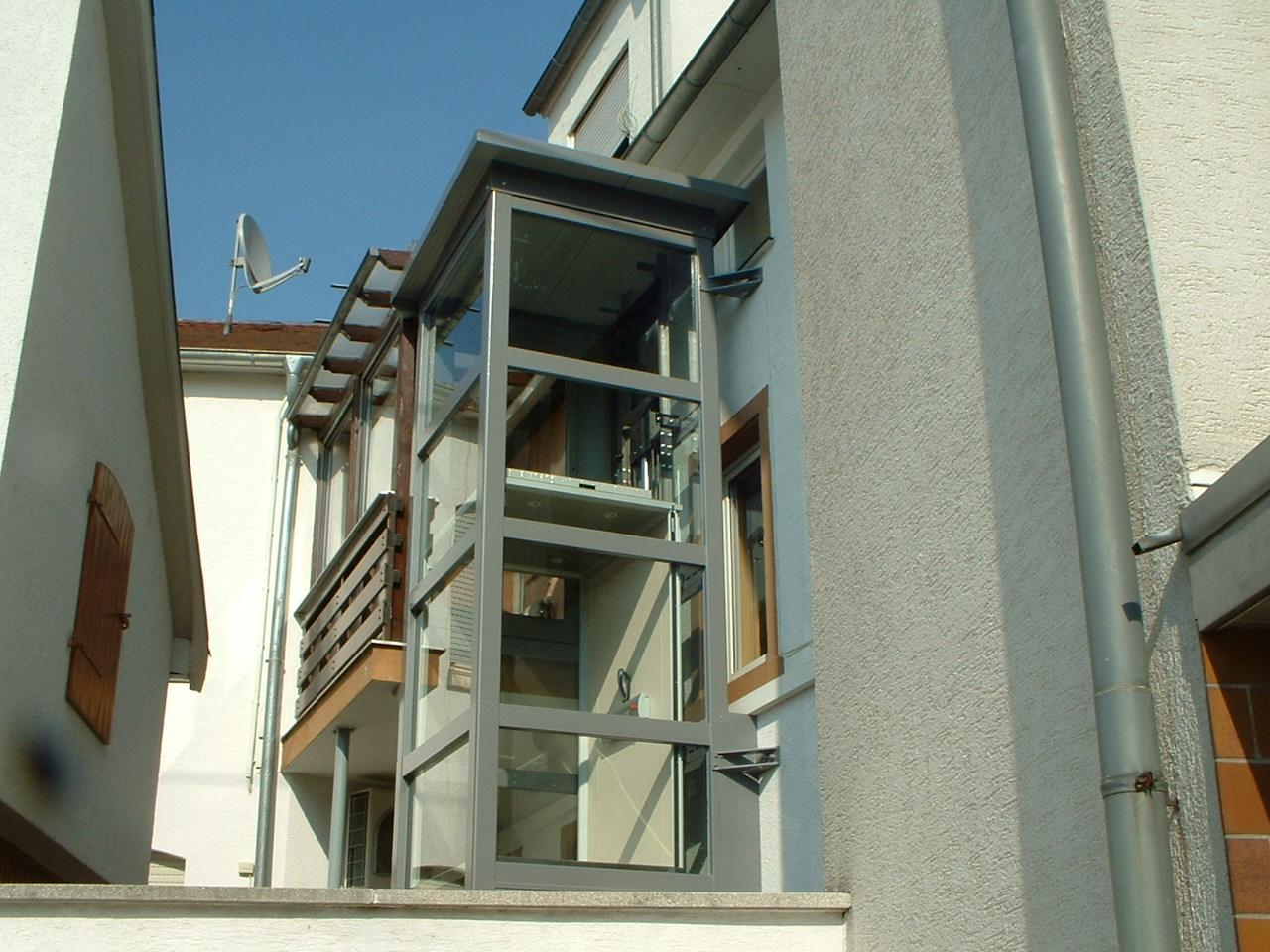 Außenaufzug für 2 Stockwerke außen